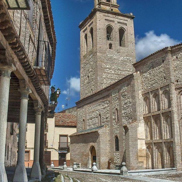 Sigue la huella de Isabel la Católica por Castilla y León