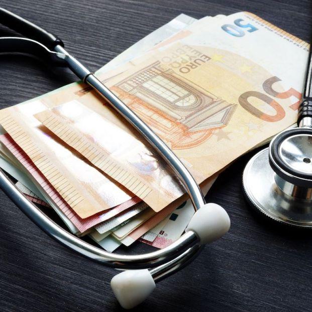 Los seguros de salud elevan un 100% las primas a los mayores (Fuente Bigstock)