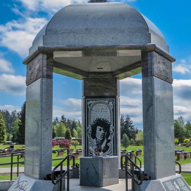 Las tumbas de famosos más curiosas
