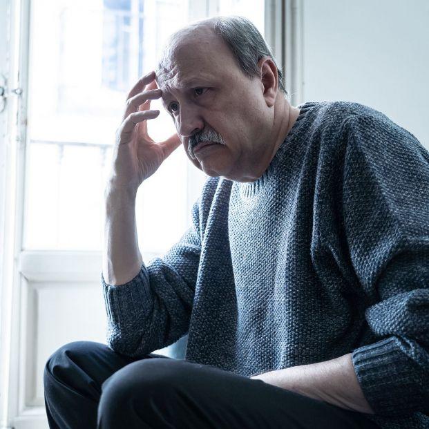 El delirio es un síntoma temprano de coronavirus en personas mayores