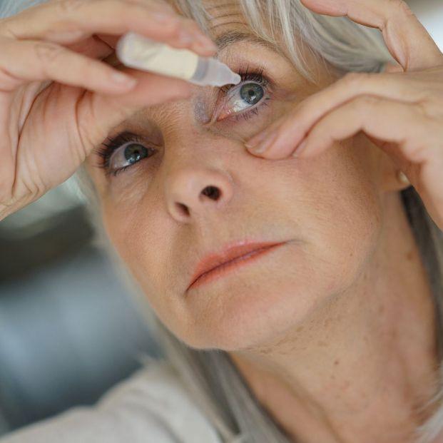 revisión oftalmólogo ojo seco (bigstock)