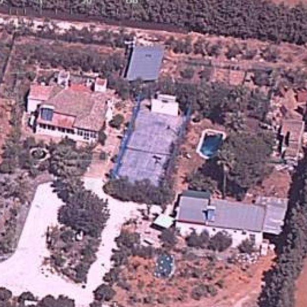 La pista de tenis en Sevilla que escondía un laboratorio con 200 kilos de marihuana