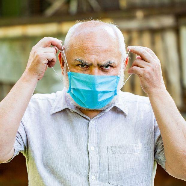 Un experto del CSIC lanza un aviso sobre las mascarillas quirúrgicas que puede salvarte del contagio