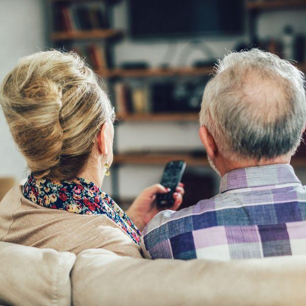 Los mayores de 55 años, los más preocupados por la actualidad y por que la información sea veraz