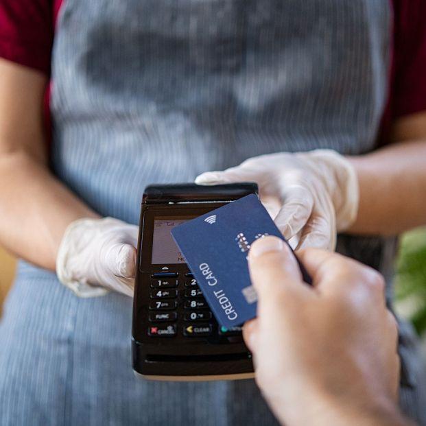 Robos en la tarjeta o usos fraudulentos, ¿Cuándo se hace cargo el banco y devuelve el dinero?