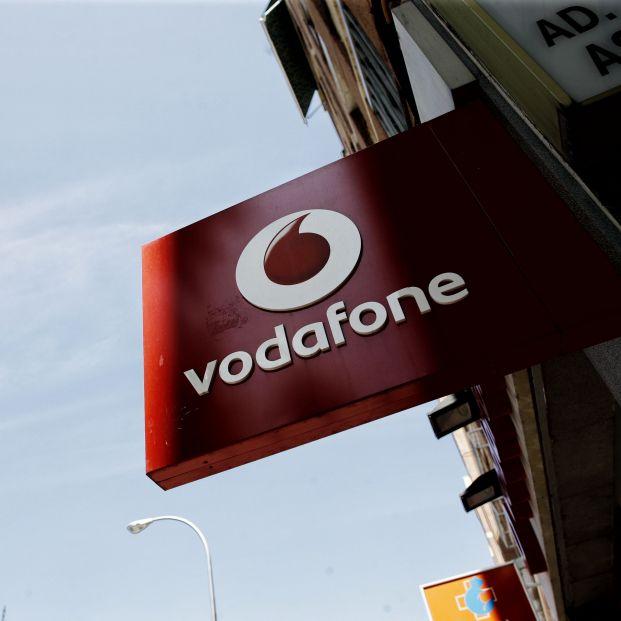 Vodafone España ingresa 1.056 millones y gana clientes móviles de contrato, fibra y televisión