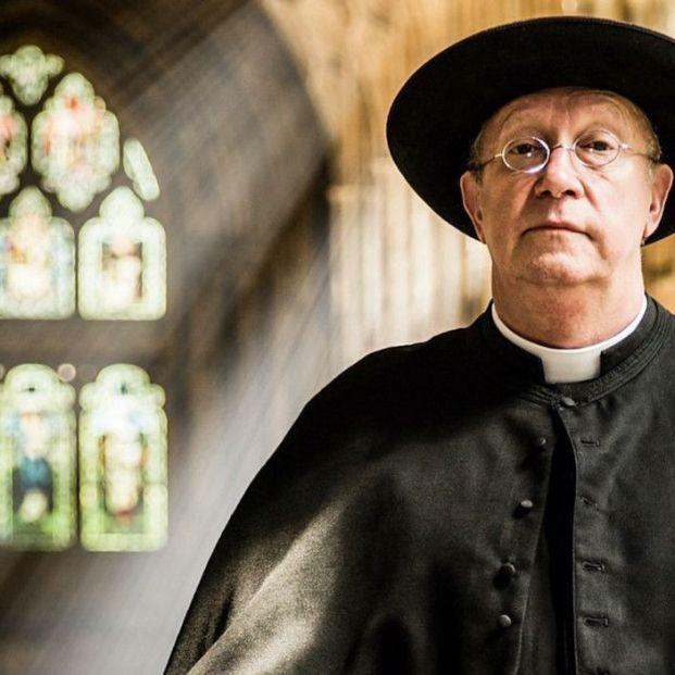 5 curiosidades sobre 'Padre Brown', el cura de 60 años que resuelve crímenes