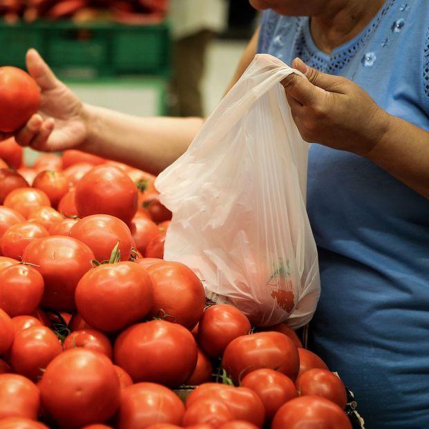 El truco para abrir fácilmente las bolsas de la fruta y la verdura del supermercado