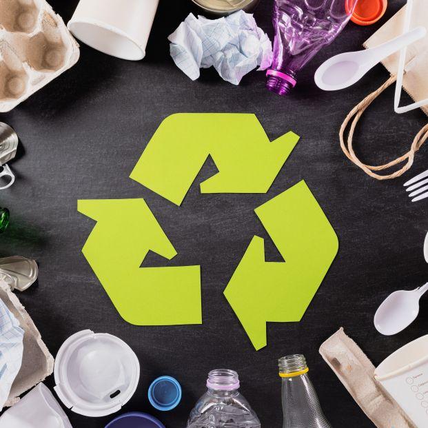 Los mayores, cada vez más comprometidos con el sistema de reciclaje