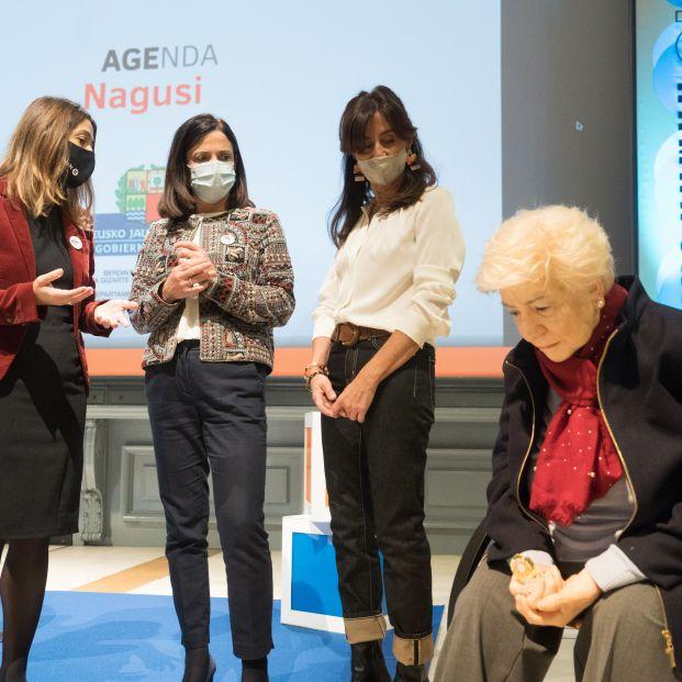 Agenda Nagusi TV, un canal de televisión online sobre la soledad no deseada en los mayores