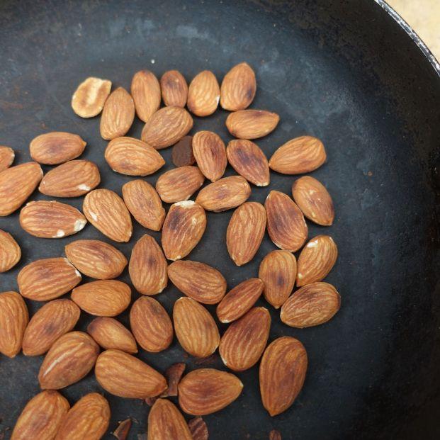 Trucos de cocina: así puedes preparar frutos secos en casa