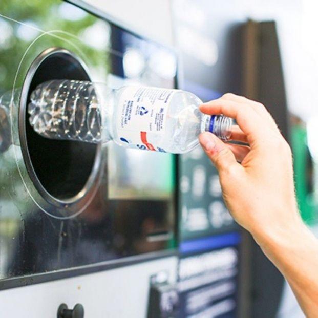 El sistema SDDR de gestión de residuos: un modelo que no se adapta a los mayores