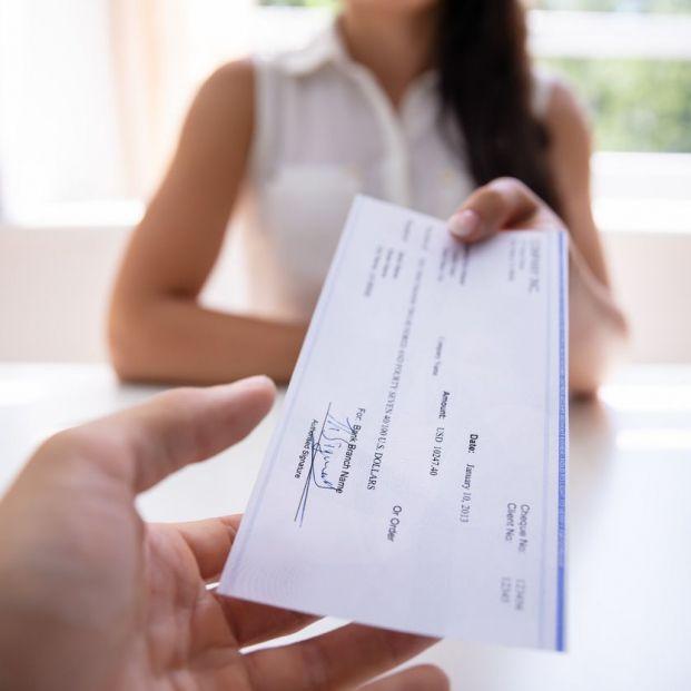 ¿Qué es la Renta Activa de Inserción (RAI) y quiénes puedes solicitarla?