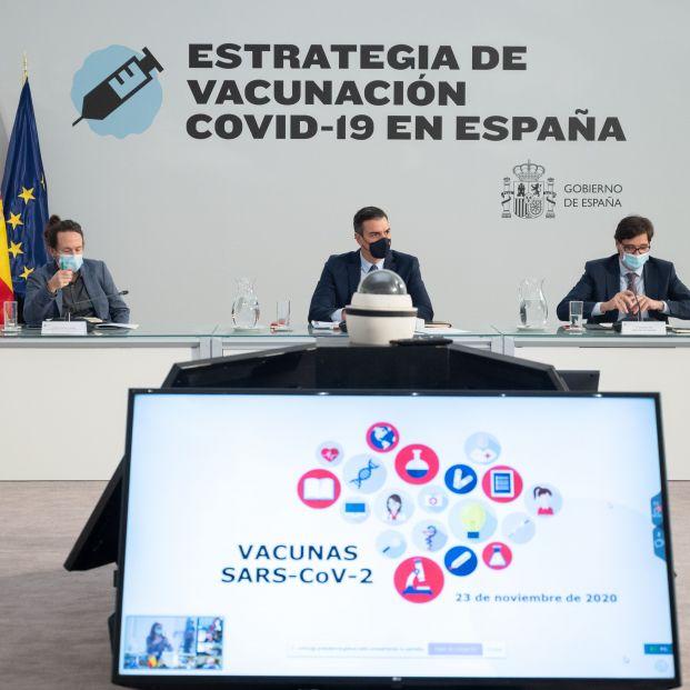 Plan de vacunación contra el coronavirus: ¿cuáles son los plazos, dosis y grupos prioritarios?