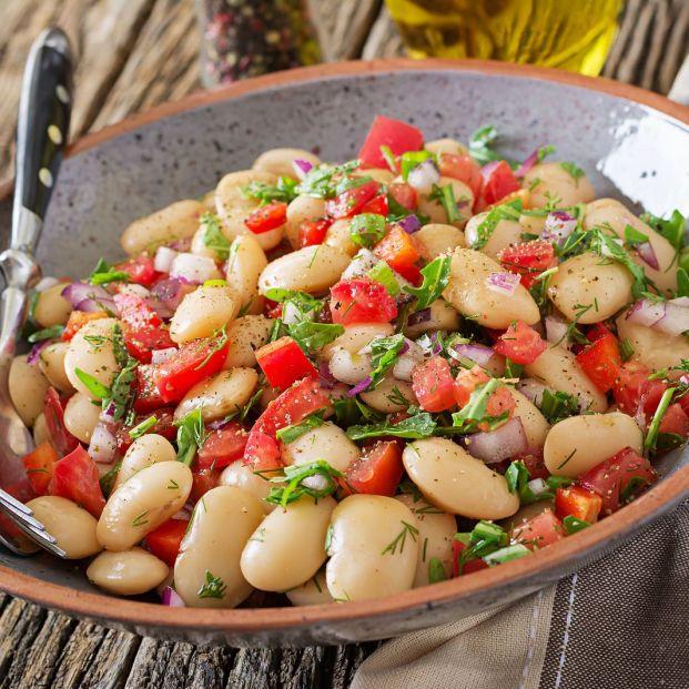 Ideas para tomar legumbres sin caldo (bigstock)