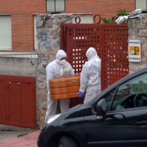 Las residencias superaron las 600 muertes diarias en el peor momento de la pandemia, según el INE. Foto: Europa Press