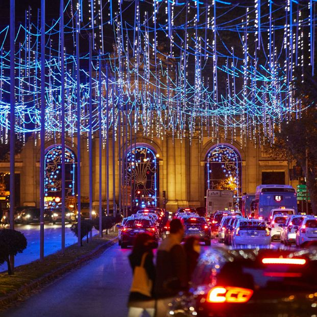 El 'Bus de la Navidad' arranca motores para disfrutar de las luces de Madrid