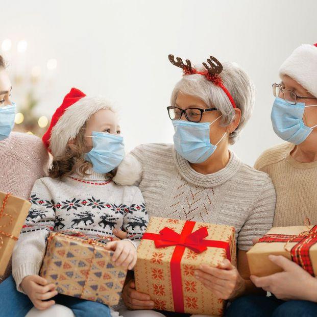 Coronavirus: cómo relacionarnos con familia y allegados para evitar el contagio (bigstock)