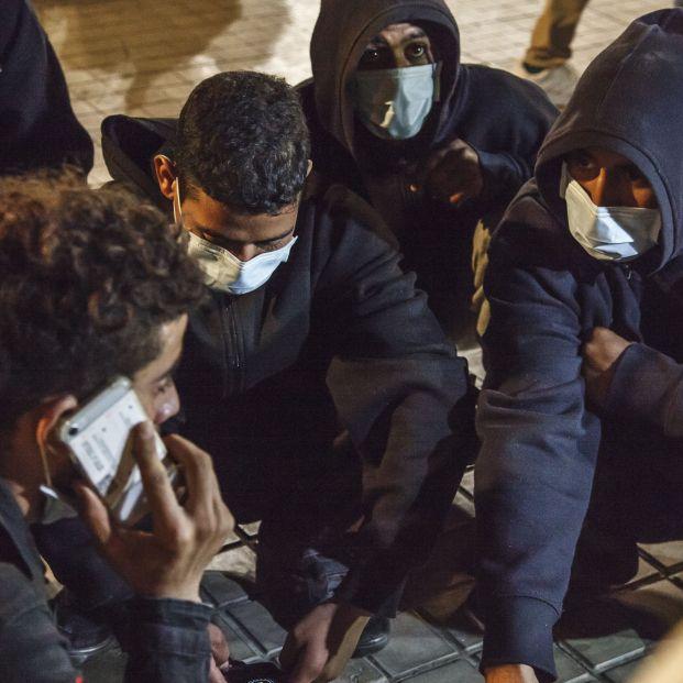 Migrantes y Mayores. Foto: Arguineguín. Europa Press