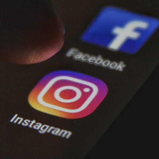 Facebook e Instagram 'se vacunan' contra las fake news del coronavirus