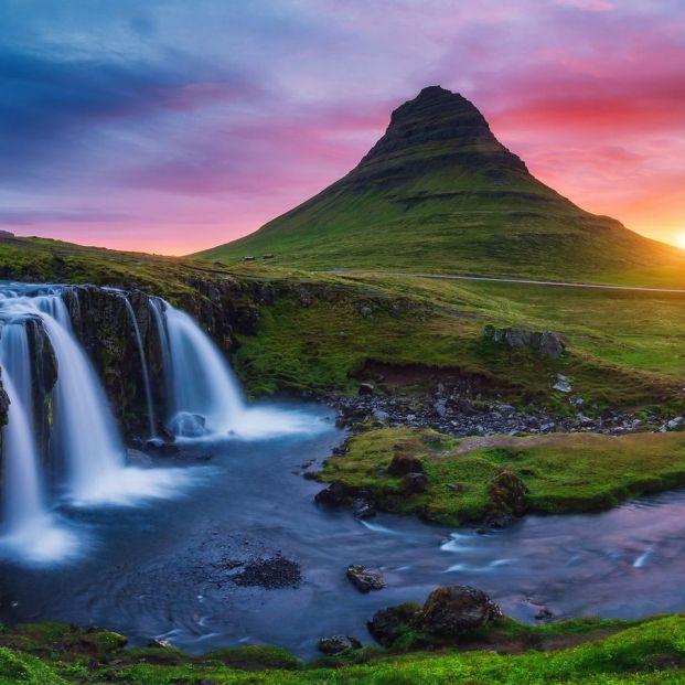 Islandia, una maravilla de la naturaleza ideal para explorar en autocaravana (Bigstock)