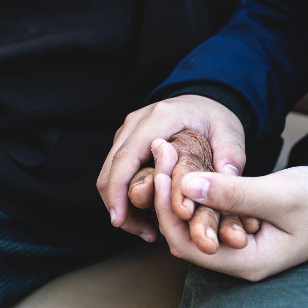 Ceder la pensión a un familiar: ¿se puede hacer?