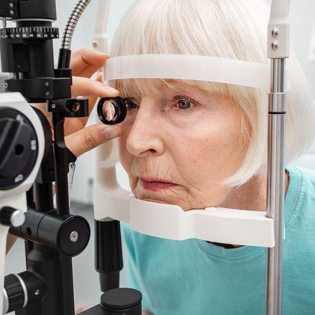 ¿Debemos preocuparnos si tenemos arco senil en nuestros ojos?