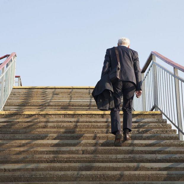 60 escalones en menos de un minuto: lo que la prueba de la escalera dice de tu salud cardiaca