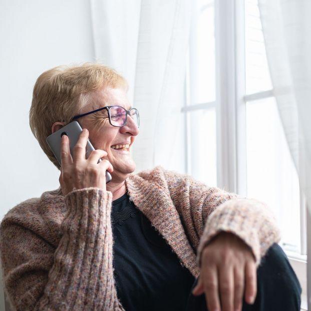 Paso a paso: cómo realizar una llamada a tres