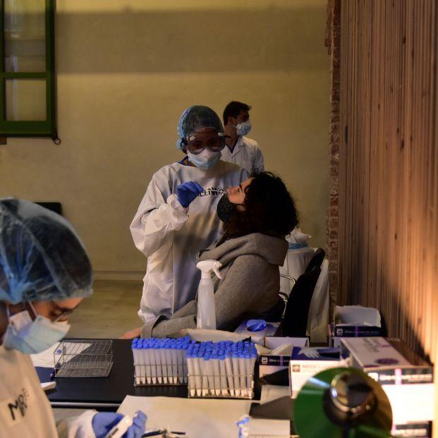 Aumento de los casos de coronavirus en España: 21.300 contagios desde el viernes
