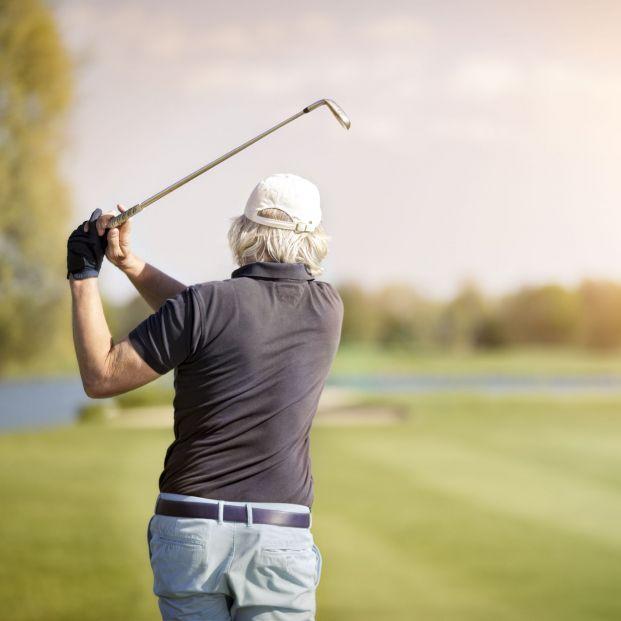 El Club de Campo Villa de Madrid sube las tarifas en el golf a los mayores de 65 en un 285 %  - Foto: Bigstock
