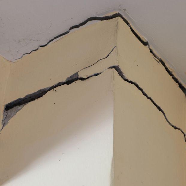 Por qué aparecen grietas en las paredes y cuáles son peligrosas
