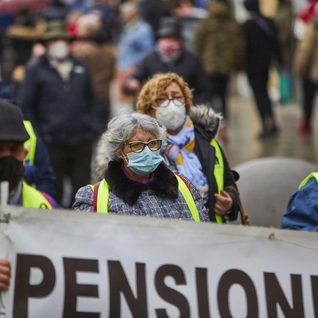 Los sindicatos estudian movilizaciones por la ampliación a 35 años el cálculo de las pensiones