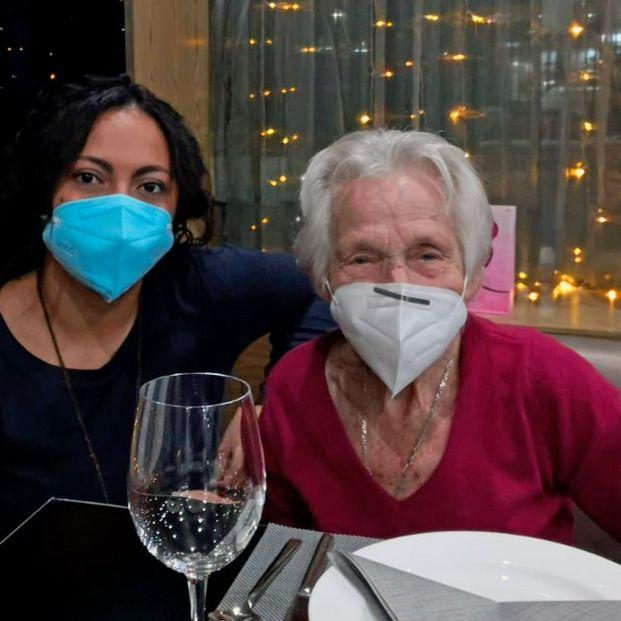 La ONG Grandes Amigos organiza actividades de Navidad para paliar la soledad de más de 500 mayores