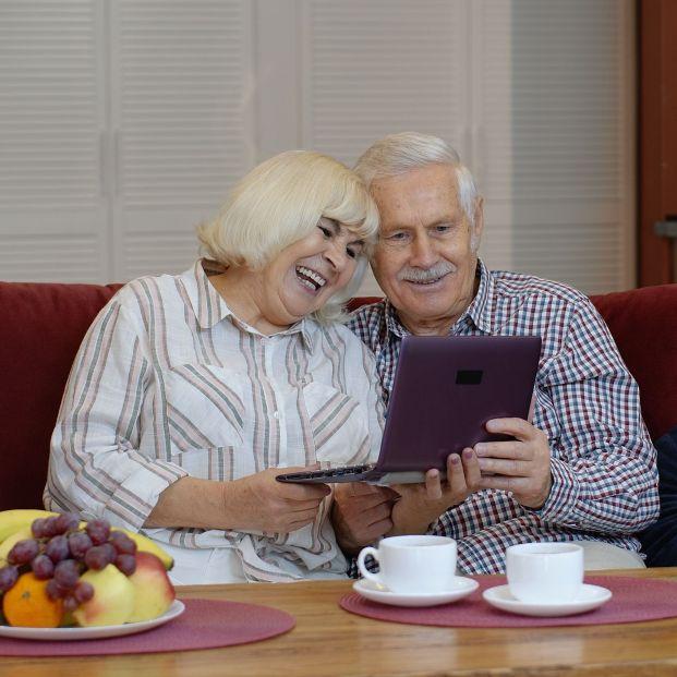 El 62% de mayores de 65 años usa Internet con más frecuencia ahora que antes del coronavirus