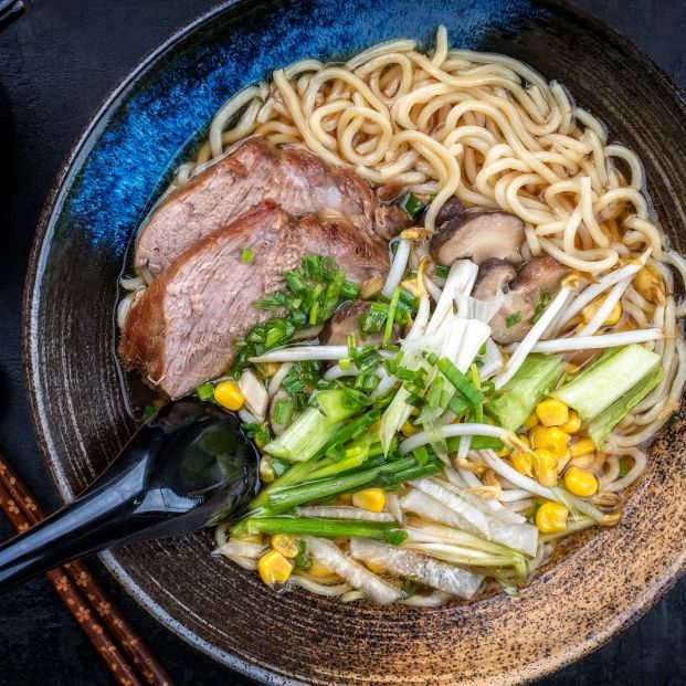 Uno de los cinco platos típicos (bigstock)