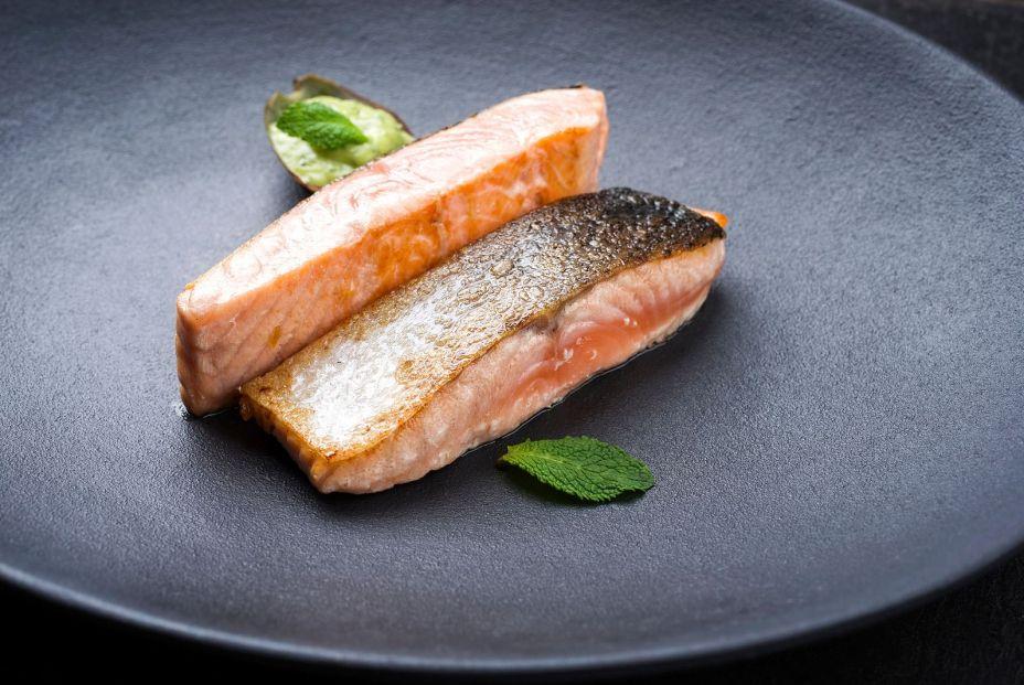 bigstock Minimalistic design salmon fis 338615074