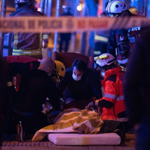 EuropaPress 3504887 ancianos atendidos calle antes ser trasladados centro hospitalario incendio