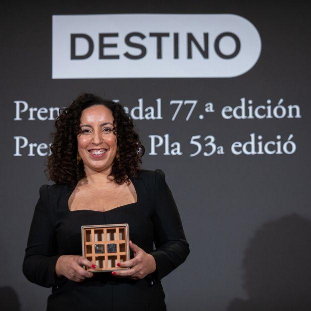 Najat El Hachmi, Premio Nadal 2021, reivindica la literatura para articular discursos alternativos - Foto: Europa Press