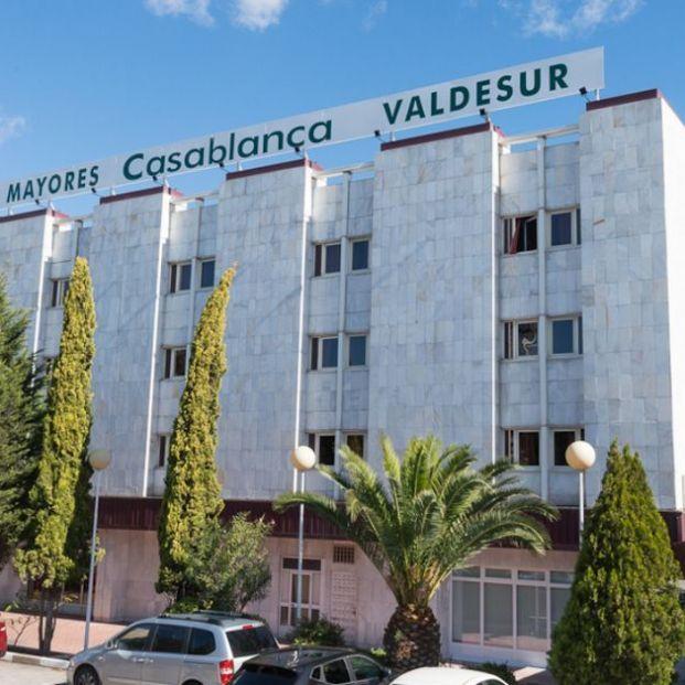 Madrid tomará medidas contra la residencia de mayores que también vacunó a sacerdotes y familiares. Foto: Grupo Casablanca