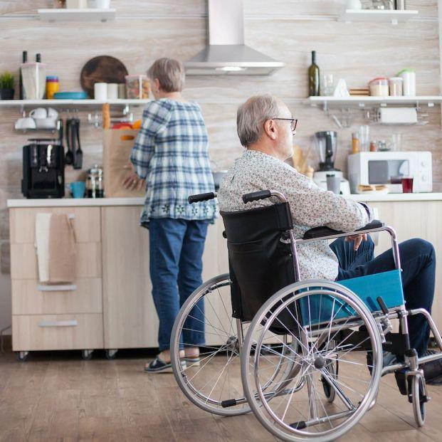Quién tiene derecho a la pensión no contributiva por invalidez