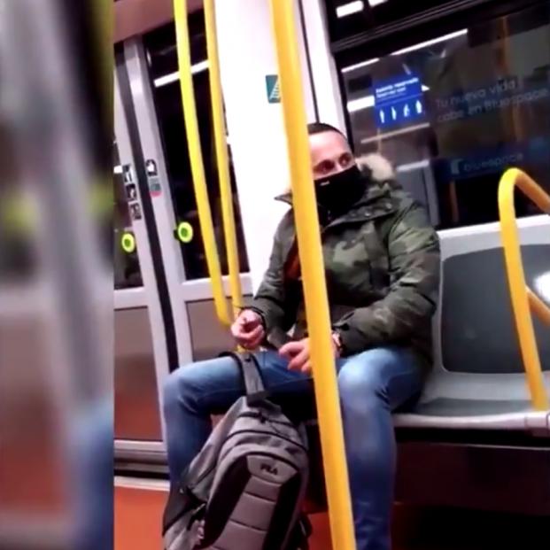 """Nueva agresión racista en el Metro de Madrid: """"Me cago en tus muertos, sudaca de mierda"""""""