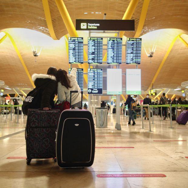 Consumo recuerda que los viajeros afectados por cancelaciones tienen derecho al reembolso