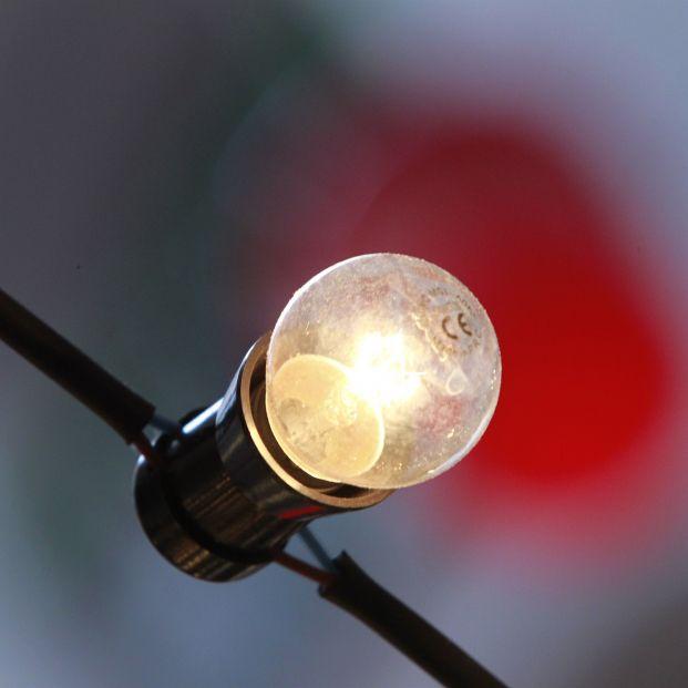 El recibo de la luz se desploma en febrero