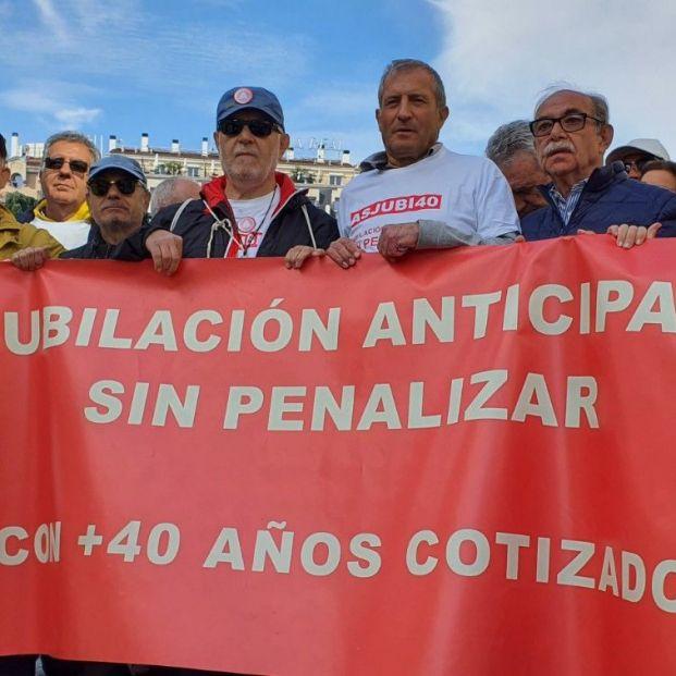 Campaña viral para que Sánchez y Escrivá despenalicen jubilaciones con largas carreras de cotización