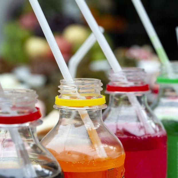 Pajitas comestibles contra los residuos del plástico (big stock)
