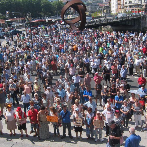 Pensionistas vascos llaman a movilizarse el 13 de abril