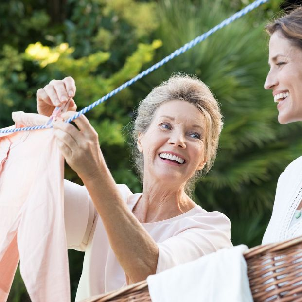 Así es como debes lavar tus prendas más delicadas Foto: bigstock
