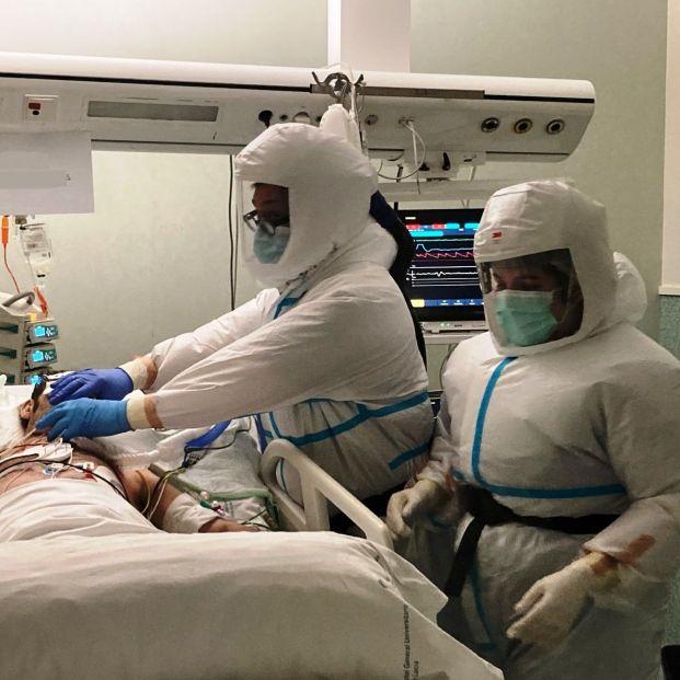 """Los sanitarios están muy preocupados: """"En una semana la covid va a arrasar las UCI medicas""""   Foto: Europa Press"""