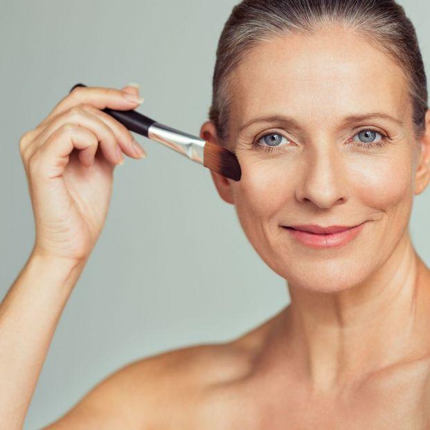Bases de maquillaje con protección solar (Bigstock)